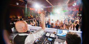 6 Razões Para Você Contratar Um DJ Profissional